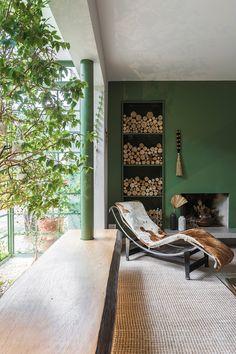 Open House Bruna Lucchesi | Casa de Valentina Gazebo, Outdoor Furniture, Outdoor Decor, Open House, House Tours, Sun Lounger, Couch, Home Decor, Fireplaces