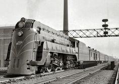 Louisville Art Deco - Feature - Transportation - Streamline Trains Rail Train, Train Art, Diesel Locomotive, Steam Locomotive, Orient Express Train, Bonde, Old Trains, Vintage Trains, Train Pictures