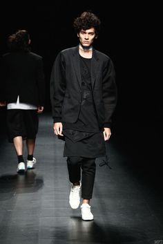 Asian Fashion Meets Tokyo Spring/Summer 2016 - Mercedes-Benz Fashion Week Tokyo