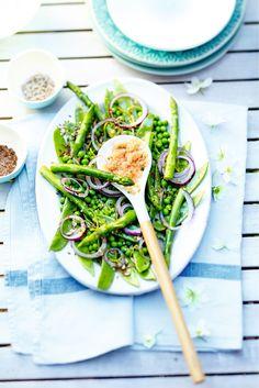 Salade de légumes verts aux graines et granité de pamplemousse à la coriandre