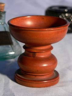 Treen ware pounce pot, 2.75 in H x 2.75 in dia.