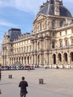 Louvre, Paris, Building, Travel, Montmartre Paris, Viajes, Buildings, Paris France, Destinations