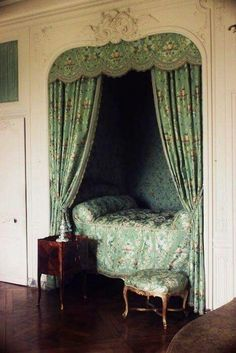Sleeping alcove in Madame de Pompadour's upper apartments at Versailles bedroom nook Decor, House Interior, Bedroom Decor, House, Alcove Bed, Sleeping Nook, Home Bedroom, Home Decor, Room
