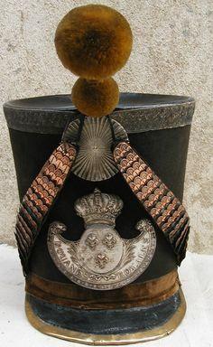 http://commons.wikimedia.org/wiki/File:Shako-garde-royale-p1000581.jpg