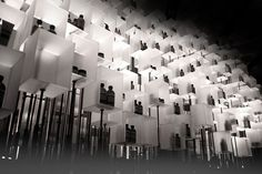 aesop temporary installation in Hong Kong's I.T HYSAN ONE flagship store. Designed byCheungvogl architects, the installation was inspired by a black and white image of hundreds of floating lanterns.