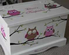 Baby Keepsake box chest baby memory box personalized Pink Owls baby gift hand painted - Oliver Baby Name - Ideas of Oliver Baby Name - Keepsake box chest baby memory box personalized by staciedale Baby Keepsake, Keepsake Boxes, Baby Crafts, Diy And Crafts, Painted Boxes, Hand Painted, Decoupage Box, Baby Box, Baby Memories
