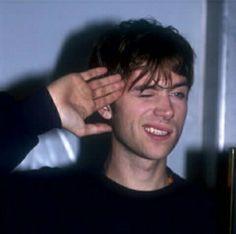 Oh shit he is p e r f e c t Gorillaz, Blur Band, Beautiful Men, Beautiful People, Jamie Hewlett, Matthew Gray Gubler, Britpop, Music Stuff, Aesthetic Pictures