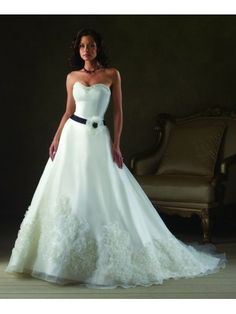 Organza Sweetheart Neckline A-line Wedding Dress