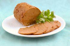 Vegan sausage Home Veggie Recipes Healthy, Yummy Veggie, Whole Food Recipes, Vegetarian Recipes, Vegan Loaf, Tofu, Vegan Dishes, Vegetable Dishes, Going Vegan