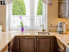 Naturalny kamień - blaty do kuchni w naturalnym beżu. #kitchen #arragments #kuchnia #homedecor #home #exclusive