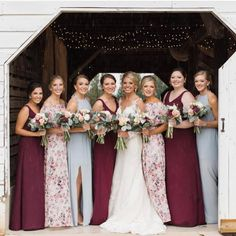 Loving this color combo mixed with our #gwsxmumu floral #mumuweddings