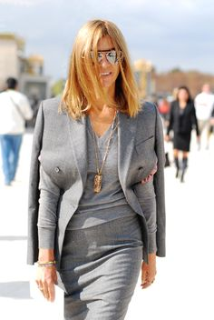 Carine Roitfeld in grey-on-grey outfit