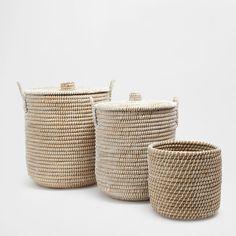 Imagen del producto Cesta redonda con tapa y asas