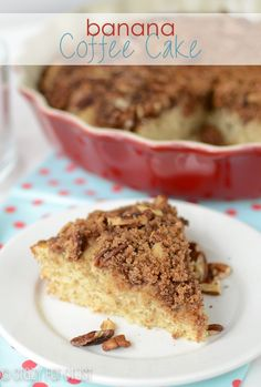 Banana Bread Coffee Cake - this EASY coffee cake recipe is full of banana bread flavor with a nutty streusel on top! It's everyone's favorite breakfast or brunch recipe! Banana Coffee Cakes, Banana Bread, Banana Recipes, Cake Recipes, Quick Recipes, Sweet Recipes, Dessert Recipes, Healthy Recipes, Recipe Using Overripe Bananas