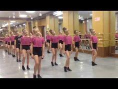 Экзамен разминка - YouTube Contemporary Dance, Modern Dance, Rag N Bone, Michael Wilson, Cat Work, Ballet Kids, Dance Training, Dance Choreography, Tap Dance
