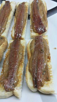 Churros, Tapas Bar, Spanish Food, Tostadas, Canapes, Greek Recipes, Pesto, Sandwiches, Food And Drink
