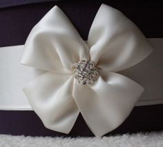 How to Make Square Bows... :  wedding black blue bow brown card box diy gold green inspiration ivory navy orange pink purple red silver teal white yellow IMG 3883