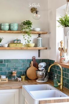 Love the accent teal tiles along with plenty of cutting boards for when things g… - Home Accents living room Interior Styling, Interior Decorating, Interior Design, Design Design, Decorating Ideas, Decor Ideas, House Windows, Floating Shelves, Home Furnishings