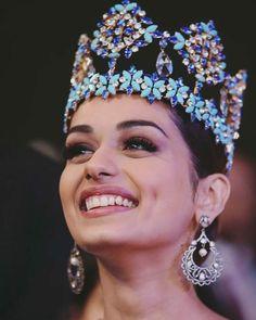 Miss world Manushi Chillar Beautiful Bollywood Actress, Beautiful Indian Actress, Beautiful Actresses, Bucket List Ideas For Women, Miss Mundo, Alena Shishkova, Miss India, Cute Beauty, Real Beauty