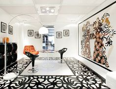 luxury white marble flooring ideas and types with black decorations