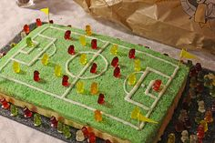 halloween food for party Kicker - Kuchen Creative Cake Decorating, Creative Cakes, Creative Food, Buffet Halloween, Dessert Halloween, Cake Story, Soccer Cake, Soccer Party, Cake Blog