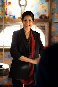 Freida Pinto en Rise of the Planet of the Apes