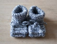 Knitted Baby Shoes Handmade by Granny Newborn Grey by StudiohMijn
