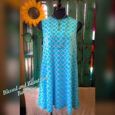 Be the Summer showstopper in this must have beautiful patterned dress, and best of all it has pockets! #vacationvibes #pattern #dress #ootd #wiw #blessedandbeautiful #boutique