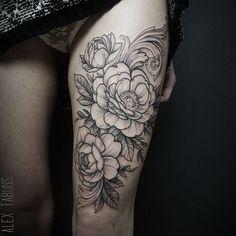 #tattoo #flowers #flowertattoo #blackart #blxckink #blackworkers #blackworkerssubmission #vbiproteam #vladbladirons #vladbladneedles #tabuns #alextabuns