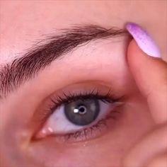 10 Glamorous Makeup Tips and Tricks! 10 Glamorous Makeup Tips and Tricks!,Make up augen Related posts:Mason's Herren Chino-Hose, Baumwolle, beige Mason's - Hair inspiration✨~Minnah~ ✨ - Hair inspirationWohnmobil Boris in Karlsruhe mieten - Hair. Eyebrow Makeup Tips, Makeup Tutorial Eyeliner, Makeup Eye Looks, Beauty Makeup Tips, Smokey Eye Makeup, Skin Makeup, Makeup Art, Makeup Tricks, Makeup Eyebrows
