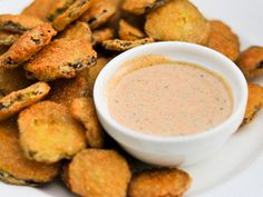 Louisiana Remoulade at Serious Eats.and fried pickles my friends. Cajun Recipes, Sauce Recipes, Cooking Recipes, Louisiana Recipes, Crab Sauce Recipe, Creole Recipes, Southern Recipes, Serious Eats, New Orleans Remoulade Sauce Recipe