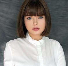Hair is an important material primarily composed of protein, notably keratin. Hair care is your hair type. Your hair goals. Your favorite hair color Here you find all the possible methods to have perfect hair. Bob Haircuts For Women, Medium Bob Hairstyles, Hairstyles With Bangs, Bob Haircut With Bangs, Short Hair With Bangs, Long Hair, Blonde Balayage Bob, Bobs For Thin Hair, Textured Hair