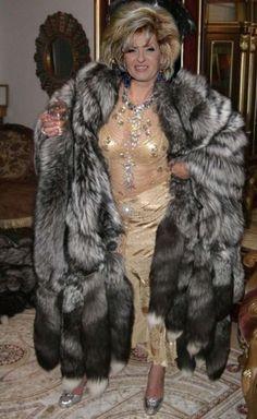 Fur on pinterest - Femme mure en chaleur ...