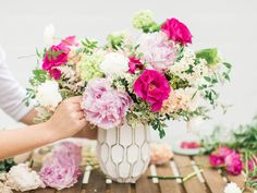 Learn how to make four unique + beautiful flower arrangements in just a few steps!