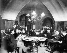 """Café Griensteidl, Vienna, pre-1897. Photo by Carl von Zamboni from the magazine """"Die vornehme Welt"""""""