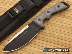 TOPS Outpost Command Fixed Blade