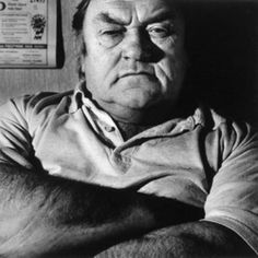 The brilliant and genius Les Dawson, this man made me laugh for years. the true govenor of British comedy. British Comedy, British Actors, Comedy Actors, Actors & Actresses, Les Dawson, Funny People, Funny Men, Classic Comedies, Man Humor