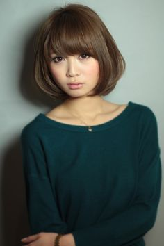 AFLOAT RUVUAのヘアスタイル 小顔ボブを紹介。AFLOAT RUVUAのヘアスタイル情報なら、美容室&ヘアスタイル情報サイト Rasysa(らしさ) Girl Short Hair, Short Hair Cuts, Short Hair Styles, Short Bob Hairstyles, Girl Hairstyles, Hair Arrange, Japanese Hairstyle, Grow Out, Layered Hair