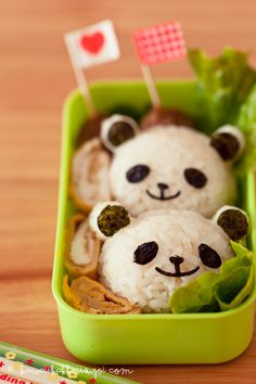 How to Make Panda Onigiri with Yuna in Kawaii Lunch Time Episode Kawaii Bento, Healthy Meals For Kids, Kids Meals, Bento Box Lunch For Adults, Lunch Box, Great Lunch Ideas, Amazing Food Art, Japanese Sweets, Japanese Food