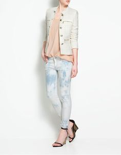 I absolutely want this blazer!