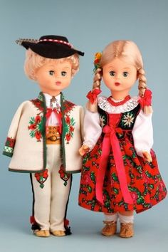 DreamWorld Collections Highlander Girl (Goralka) - 18 Inch Collectible Regional Doll : Regional Dolls Polish Folk Art, Ethnic Outfits, Doll Outfits, Hello Dolly, Doll Stuff, 18 Inch Doll, Doll Clothes Patterns, Traditional Outfits, American Girl