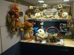 Fall Cubicle Decor