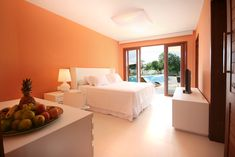 Very comfortable rooms, swimming pool and outdoor furniture directly outside and not far to the beach and the kiteboarding club.