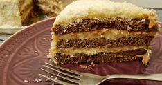 Régi kedvenc a hólabda, más néven a kozáksapka, amit a megszokott forma helyett tortaként is érdemes elkészíteni. Tiramisu, Ethnic Recipes, Food, Kuchen, Essen, Meals, Tiramisu Cake, Yemek, Eten