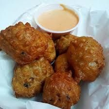 Conch Fritters: Bahamian StyleThese fritters are great as appetizers, finger foods or very tasty hors doeuvres to accompany your favorite rum punch or tropical drink! Conch can be replaced with any seafood. Make this batter . Seafood Dishes, Seafood Recipes, Cooking Recipes, Seafood Pasta, Cooking 101, Entree Recipes, Gourmet Recipes, Appetizer Recipes, Yummy Recipes