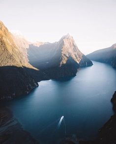 Follow New Zealand and all its beauty ⛺�� �� ! ~ ~ @follow.newzealand ~ ~ #newzealand#travel#summer#space#rain#summertime#landscape#cloudy#instawinter#instagood#photooftheday#season#seasons#nature#globe#weather#discover#sky#instacloud#beautiful#gloomy#overcast#skyback#mountain ~ Tag someone who'd enjoy this view ��! http://tipsrazzi.com/ipost/1508939552848863433/?code=BTw1IdTF-DJ
