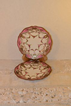 Hey, I found this really awesome Etsy listing at https://www.etsy.com/listing/553383857/rc-nippon-pink-gold-plate-pair-vintage