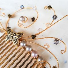 Gold-plated butterfly hair comb with Swarovski crystals and pearls Butterfly Gold, Butterfly Hair, Pewter Plates, Bridal Updo, Swarovski Pearls, Vintage Colors, Handmade Wedding, Down Hairstyles, Hair Comb