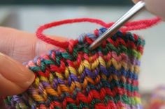 k1p1 invisible bind-off tutorial - stretchy, great for socks.