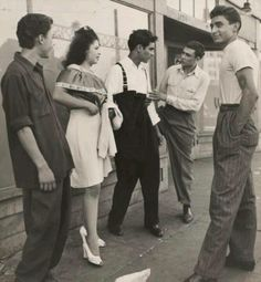 Pachucos in the fifties. http://www.cholonation.com